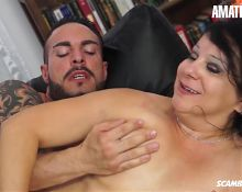 ScambistiMaturi - Valentina Bianchi Drilled By Young Lover
